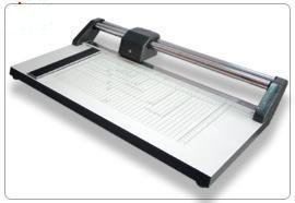 แท่นตัดกระดาษ MASTERTRIM-15