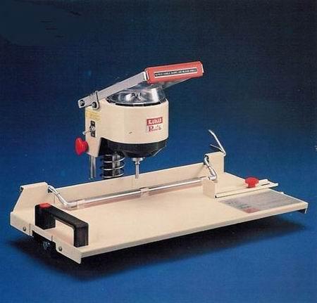 เครื่องเจาะรูกระดาษไฟฟ้า แฟ้ม  ถุง ป้าย สมุดโน๊ต ไลฮิท LIHIT 2001/AA-SIX(ยกเลิกการผลิต)