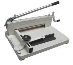 เครื่องตัดกระดาษมือโยก M858(A3)