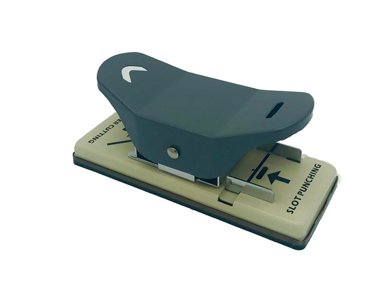 เครื่องตัดมุมบัตร 2 IN 1 ( PUNCH AND CORNER CUTTER ) NO.8113