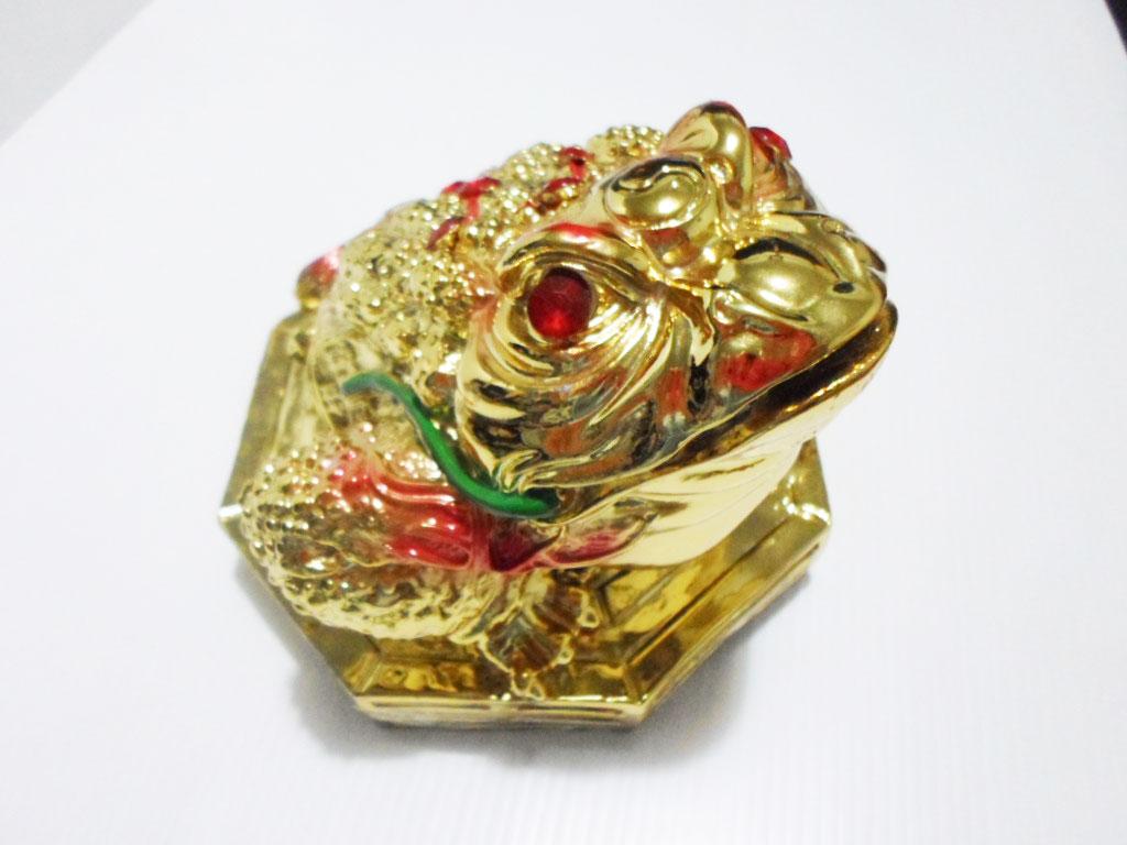 กบคาบเหรียญ,เซียมชู้ เนื้อเรซิน สีทอง บนฐาน8เหลี่ยม ขนาด5 นิ้ว (1400g)  (1800125)