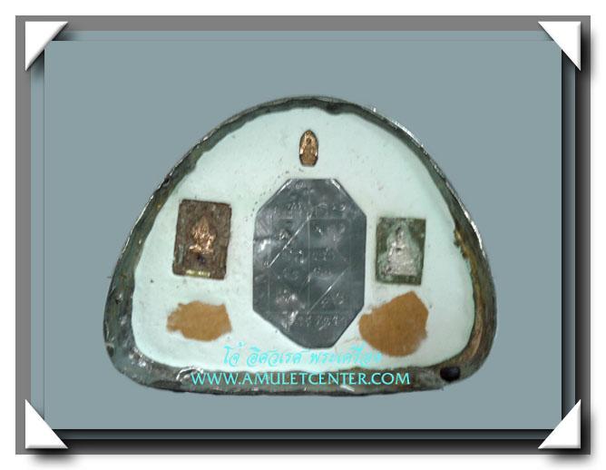 หลวงพ่อดำ วัดสันติธรรม พระกริ่งแก้วสารพัดนึก 5 นิ้ว เนื้อสำริด 3 กษัตริย์ สร้าง 19 องค์ 2