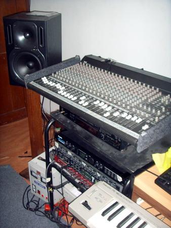 เครื่องห้องซ้อมดนตรี ห้อง v1 รายละเอียดด้านใน 10