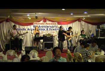 วงดนตรี JOMUSIC BAND - HONDA ACCESS  PARTY  รร.โฟรวิงส์