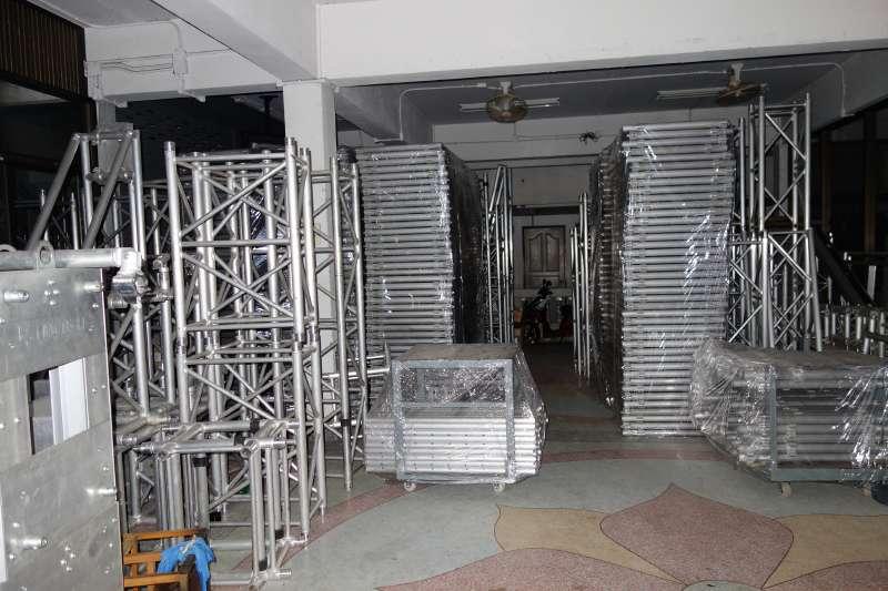 MOBILE STAGE เวทีอลูมิเนียม เวทีConcert ปรับระดับได้ ความสูง 1 เมตร ถึง 2 เมตร ติดตั้งได้ทุกพื้นที่ 11