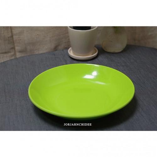 จานกลมเมลามีนสีเขียว 8.5 นิ้ว