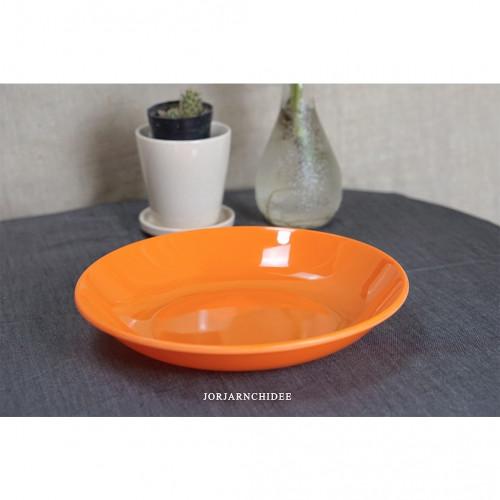 จานกลมเมลามีนสีส้ม 8.5 นิ้ว