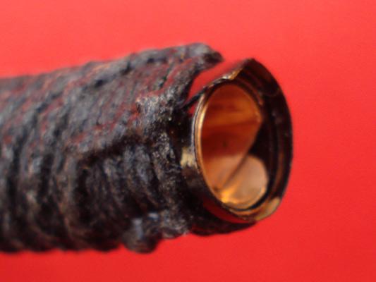 ตะกรุดโสฬสมงคล หลวงปู่เอี่ยม วัดสะพานสูง เนื้อทองแดงถักเชือกจุ่มรัก รุ่น 111 ปี 2
