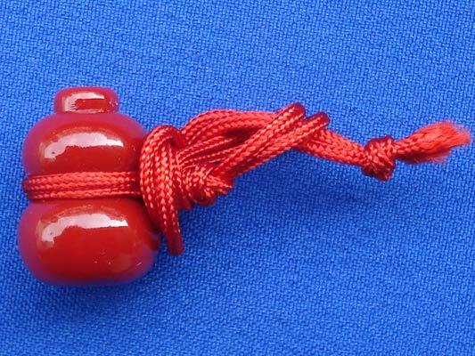 น้ำเต้า หลวงพ่อสด วัดปากน้ำ สีแดง รุ่น2 ข้างในเห็นภาพสีชัดเจน บูชาไว้เพื่อดูดทรัพย์ดีมาก