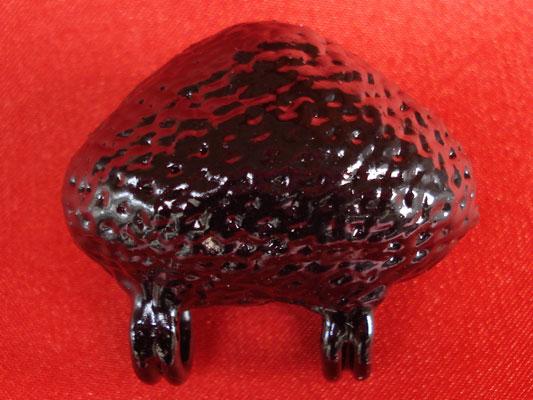 เบี้ยแก้ หลวงปู่เจือ วัดกลางบางแก้ว แบบเปลีอยผิวขัดเงาฝังเหรียญ ๘๒ ปี มีจารครบสูตร หายาก