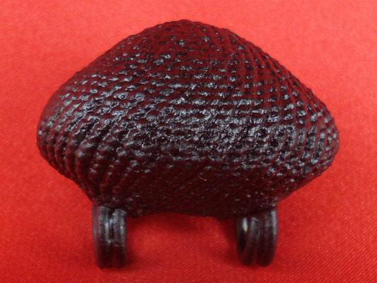 เบี้ยแก้ หลวงปู่เจือ วัดกลางบางแก้ว ถักเชือกเส้นเล็กชุบรักอย่างหนา แบบ 2 หู บูชาจากวัดโดยตรง สวยสุดๆ