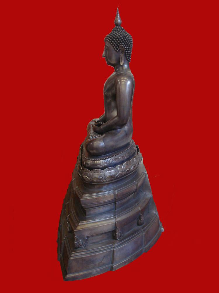 พระบูชาพระพุทธสิหิงค์ สมเด็จพระสังฆราช วัดบวรนิเวศ ขนาดหน้าตักกว้าง 16 นิ้ว ปี 2545 3