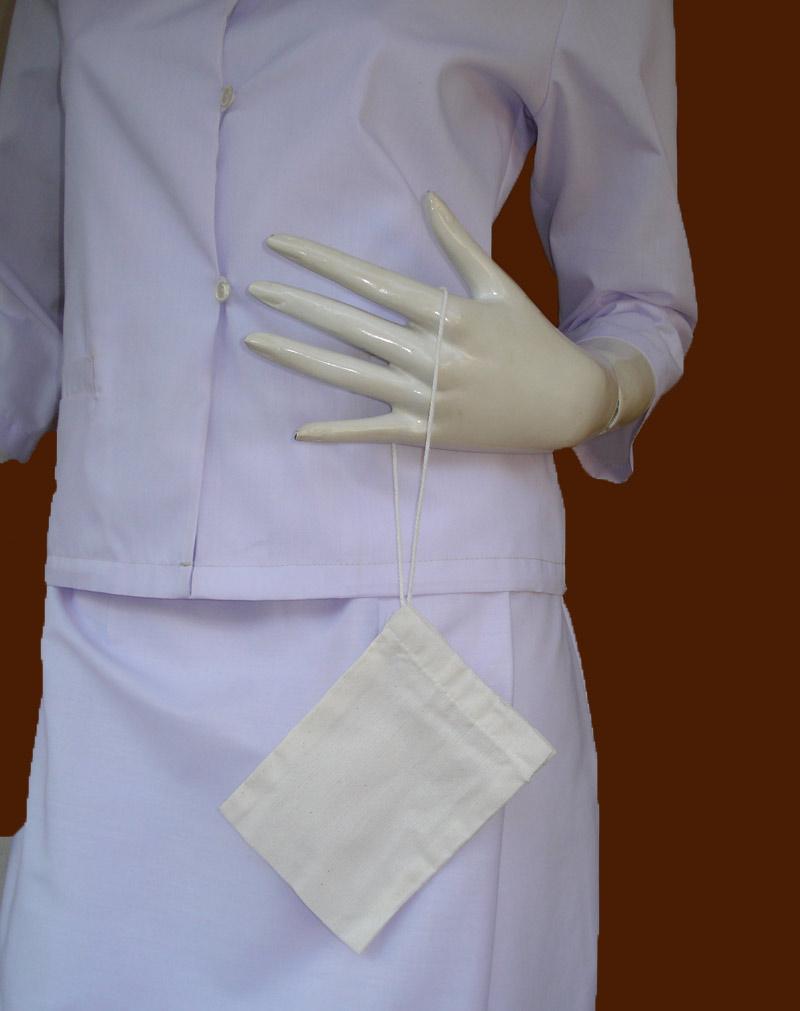 ถุงใส่ของกระจุกกระจิกสำหรับสุภาพสตรีหรือ ถวายแม่ชีก็ได้บุญกุศลแรง ใช้ปฏิบัติธรรมสวยงามและยิ่งได้บุญ