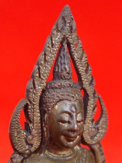 รูปหล่อพระพุทธชินราช พิมพ์แต่ง รุ่นธรรมจักร เนื้อทองทิพย์ วัดพระศรีมหาธาตุ ปี 2543 สุดสวยพุทธคุณสูง 4