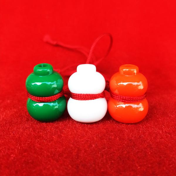 น้ำเต้าหลวงพ่อสด วัดปากน้ำ ชุด 3 สี 3 ลูก แบบที่ 4 รุ่น 100 ปี ภาพสี บูชาไว้เพื่อดูดทรัพย์ดีมาก