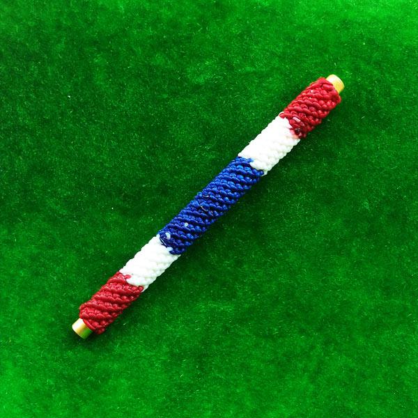 ตะกรุดโสฬสมงคล จารมือ เต็มสูตร เนื้อทองเหลืองถักลายธงชาติ รุ่นแรก พระอาจารย์แว่น วัดสะพานสูง