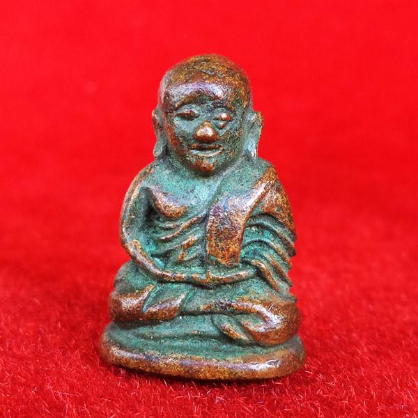 รูปหล่อโบราณย้อนยุคหลวงพ่อเงิน พิมพ์ขี้ตา รุ่น ๒๐๙ ปี ชาตกาล หลวงพ่อเงิน พุทธโชติ เนื้อทองระฆัง