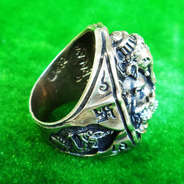 แหวนพระพิฆเนศ พิมพ์ใหญ่ เนื้ออัลปาก้า รุ่นมั่งมีศรีสุข หลวงปู่หงษ์ วัดเพชรบุรี ปี 2548 สวยมาก 3