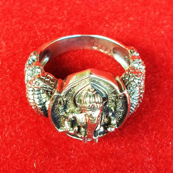 แหวนพระพิฆเนศ พิมพ์เล็ก เนื้ออัลปาก้า รุ่นมั่งมีศรีสุข หลวงปู่หงษ์ วัดเพชรบุรี ปี 2548 สวยมาก 1