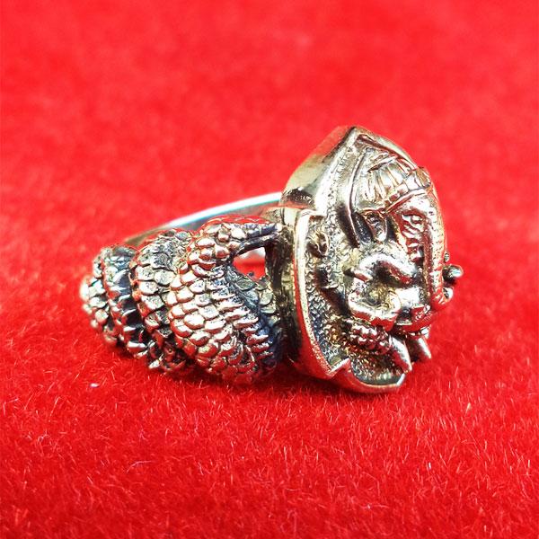 แหวนพระพิฆเนศ พิมพ์เล็ก เนื้ออัลปาก้า รุ่นมั่งมีศรีสุข หลวงปู่หงษ์ วัดเพชรบุรี ปี 2548 สวยมาก 2