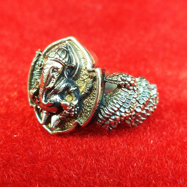 แหวนพระพิฆเนศ พิมพ์เล็ก เนื้ออัลปาก้า รุ่นมั่งมีศรีสุข หลวงปู่หงษ์ วัดเพชรบุรี ปี 2548 สวยมาก 3