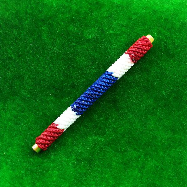 ตะกรุดโสฬสมงคล จารมือ เต็มสูตร ถักเชือกลายสีธงชาติ รุ่นแรก พระอาจารย์แว่น วัดสะพานสูง น่าติดตัว