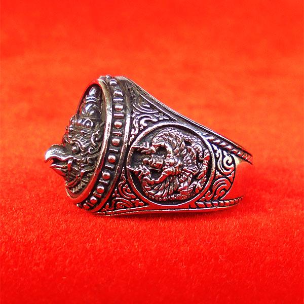 แหวนพญาครุฑหยุดนาค รุ่นปกาศิตเศรษฐี วัดกาหลง สมุทรปราการ เนื้อซิลเวอร์พลัส ปี2561 สุดขลัง สุดสวย 2