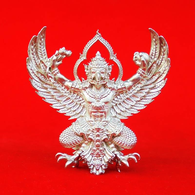 พญาครุฑพุทธบูชา รุ่นเศรษฐีมหาเศรษฐี เนื้อทองชนวนปีกเครื่องบิน แยกจากชุดกรรมการ เลขสวย ๓๗๐