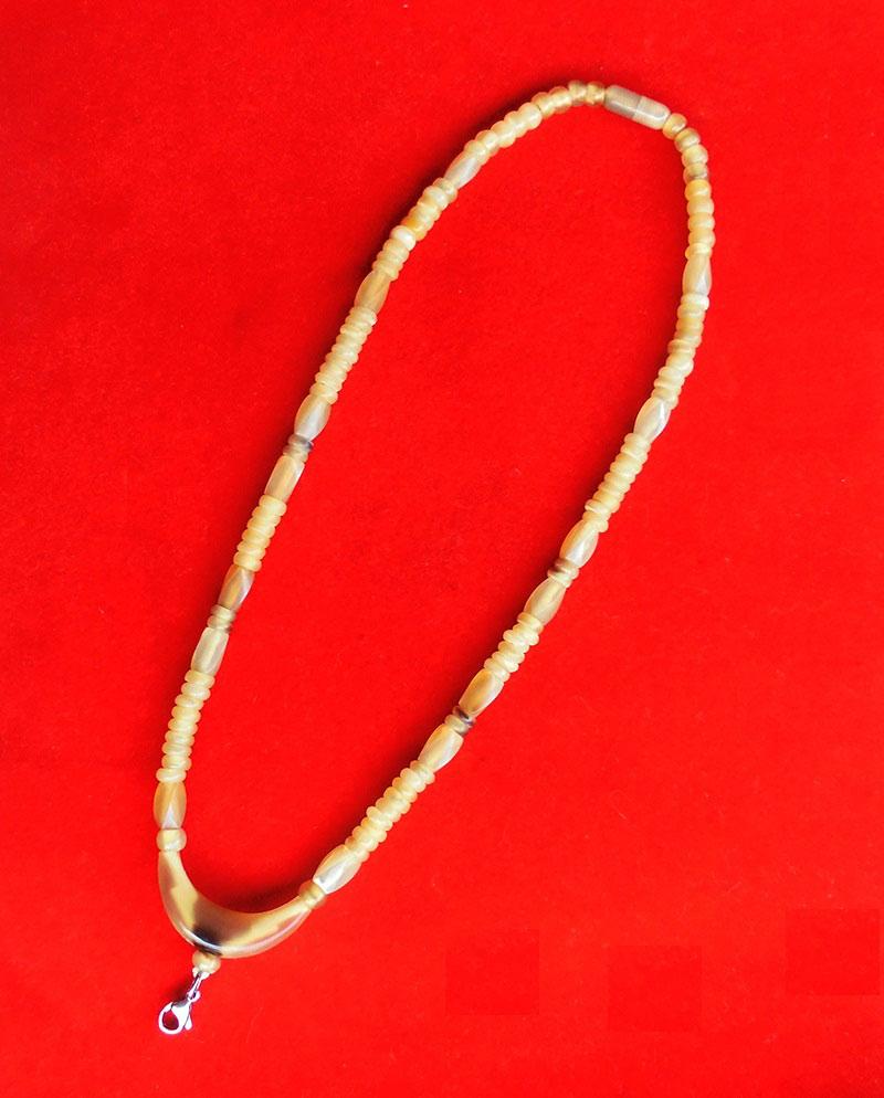 สร้อยเขาควายเผือก ตัวโค้งกลาง งานแฮนเมด ของใหม่ ขนาดความยาว 22.5 นิ้ว สวยคลาสสิค