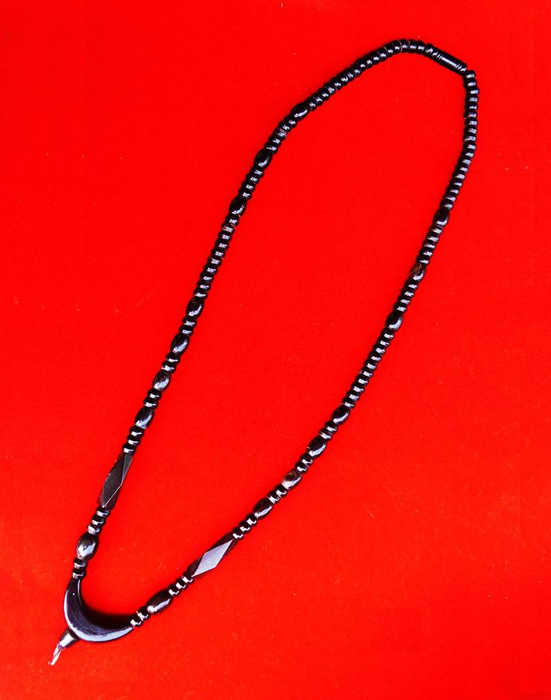 สร้อยเขาควายสีดำ ตัวโค้งกลาง งานแฮนเมด ของใหม่ ขนาดความยาว 25 นิ้ว สวยคลาสสิค