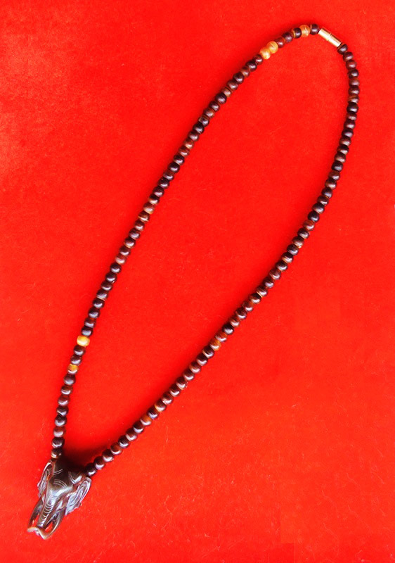 สร้อยเขาควายสีน้ำตาล ตัวกลางหน้าช้าง งานแฮนเมด ของใหม่ ขนาดความยาว 25 นิ้ว สวยคลาสสิค