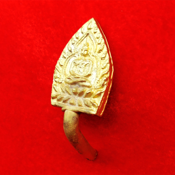 เหรียญเจ้าสัว 4 หล่อในพิธี เททอง หล่อนำฤกษ์ เนื้อชนวน ผสมมวลสารหลวงปู่บุญ ตัดจากช่อ 59 องค์ 2