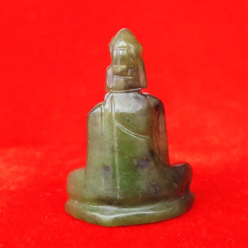 พระหินหยกแกะ พิมพ์พระพุทธ วัดธรรมมงคล สร้างโดยพระอาจารย์วิริยังค์ ปี 2536 สวยหายาก องค์ 24 1