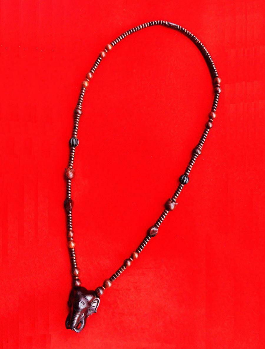 สร้อยไม้พยุง ตัวกลางหน้าช้าง งานแฮนเมด ของใหม่ ขนาดความยาว 26 นิ้ว เป็นไม้มงคล สวยคลาสสิค