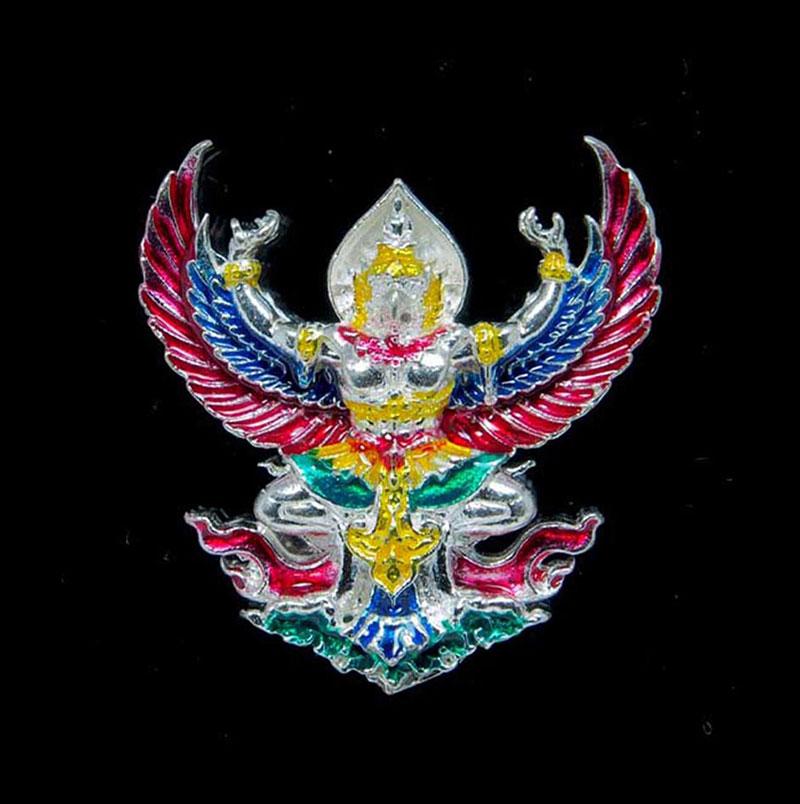 1 ใน 399 พญาครุฑราชาโชค รุ่นแรก เนื้อเงินลงยา หลวงปู่ดำ ทีปธัมโม สำนักสงฆ์สมุนไพร จันทบุรี เล็ก สวย