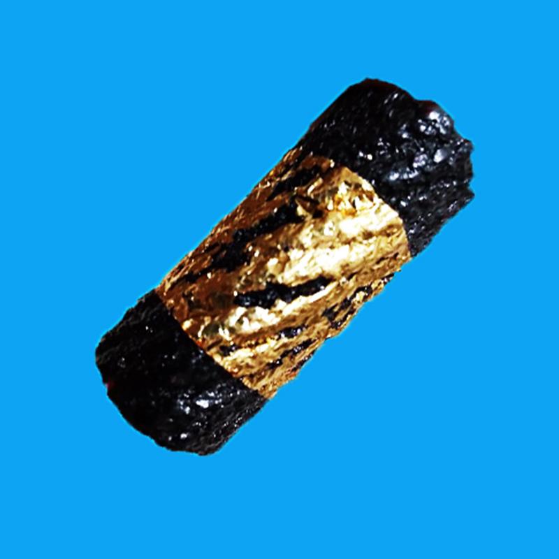 ตะกรุดดำ ตะกรุดหมอน 3 ไส้ ยาว 1.5 นิ้ว หลวงพ่อจำลอง วัดเจดีย์แดง เสกไตรมาส ปี 2553 สวยกริ๊ป หายาก 1