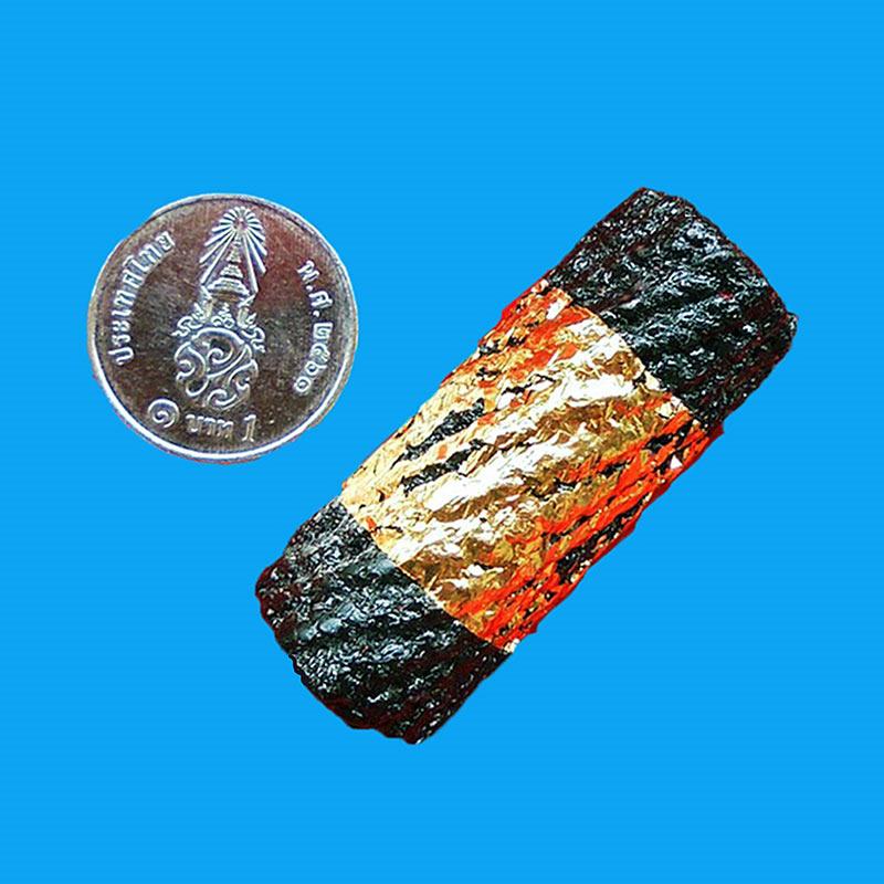 ตะกรุดดำ ตะกรุดหมอน 3 ไส้ ยาว 1.5 นิ้ว หลวงพ่อจำลอง วัดเจดีย์แดง เสกไตรมาส ปี 2553 สวยกริ๊ป หายาก 2