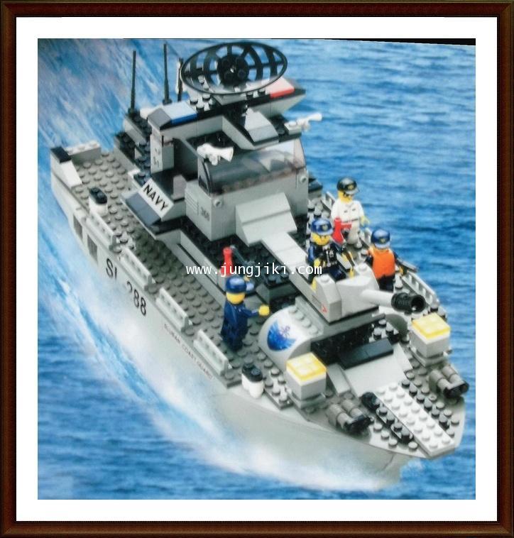 เลโก้บล็อกเรือนาวี Navy 449 ชิ้น