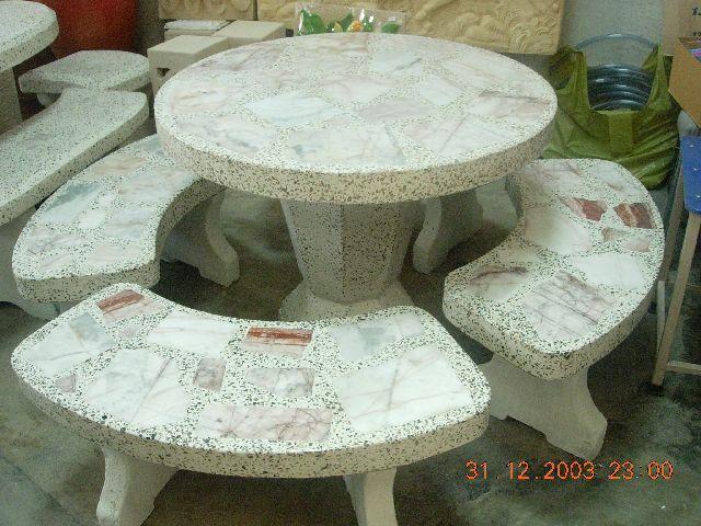 โต๊ะหินอ่อนทรงกลม (ชุดใหญ่)