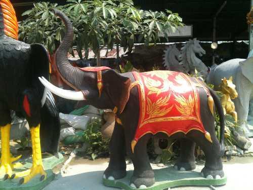 ช้างแก้บนทรงเครื่อง สูง 120 cm.