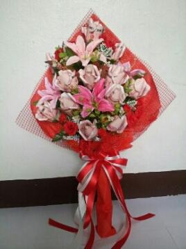ช่อดอกไม้จากธนบัตรแบบช่อยาว