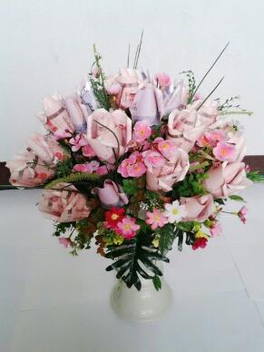 แจกันดอกไม้จาากธนบัตร