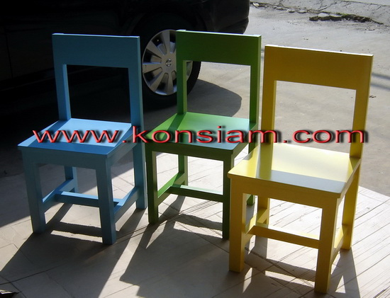 ชุดโต๊ะ เก้าอี้ รักต่างสี 1