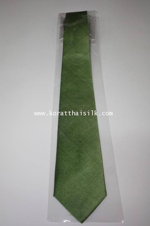 เนคไท สีเขียวขี้ม้า 2 size M