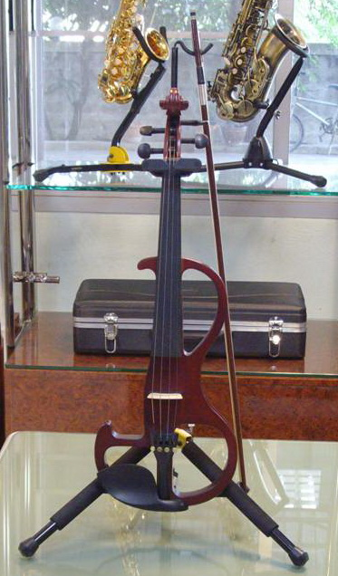 violin ไฟฟ้า ยี่ห้อ Aileen รุ่น VE110B  เป็นของใหม่ 100เต็ม รูปลักษณ์แบบ modern สไตส์ เสียงดีมาก