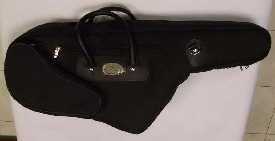 กระเป๋าใส่ tenor saxophone  ยี่ห้อ Rock bag
