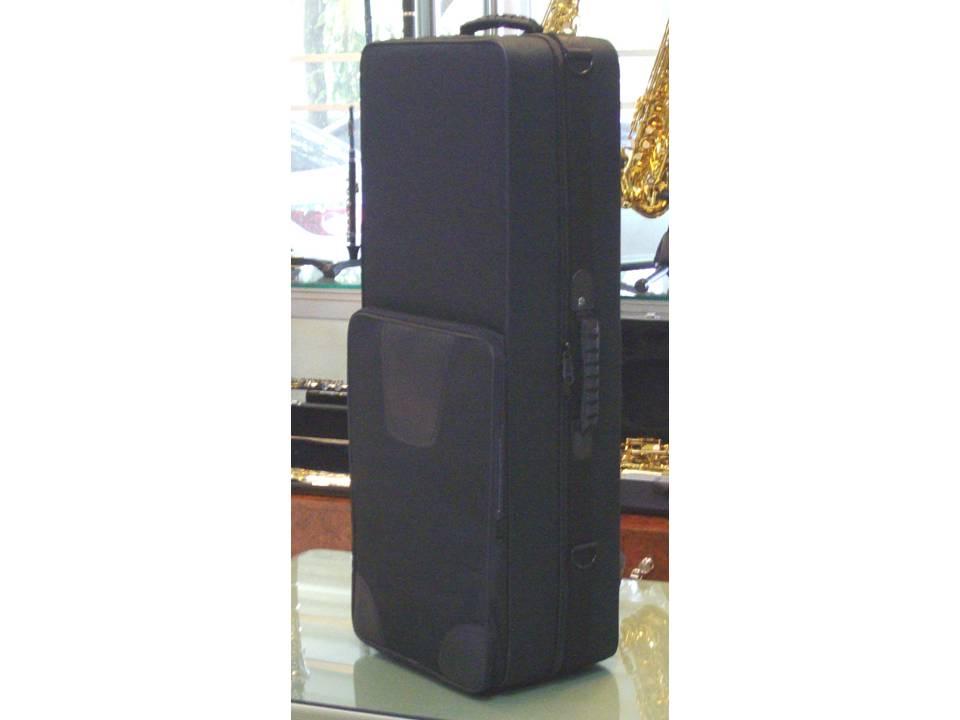 กระเป๋าใส่ tenor saxophone  แบบ soft case  ผลิตจากวัสดุคุณภาพชั้นดี นน.เบา ทนทาน สะดวกต่อการพกพา