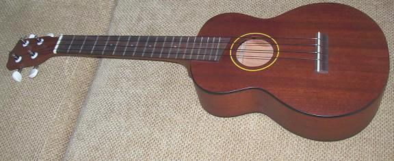 Tenor ukulele ยี่ห้อ Aiersi model SU-06
