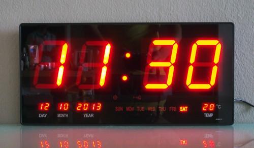 นาฬิกาแขวนผนังระบบ LED (Red LED Calendar Wall Clock JH4622-4(R)