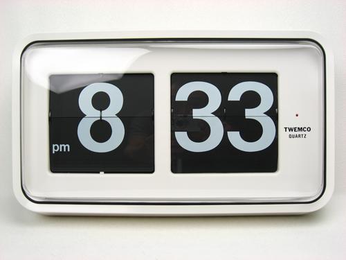 นาฬิกาแขวนผนังระบบแผ่นพับตัวเลข TWEMCO Series 100 (Flip clock)